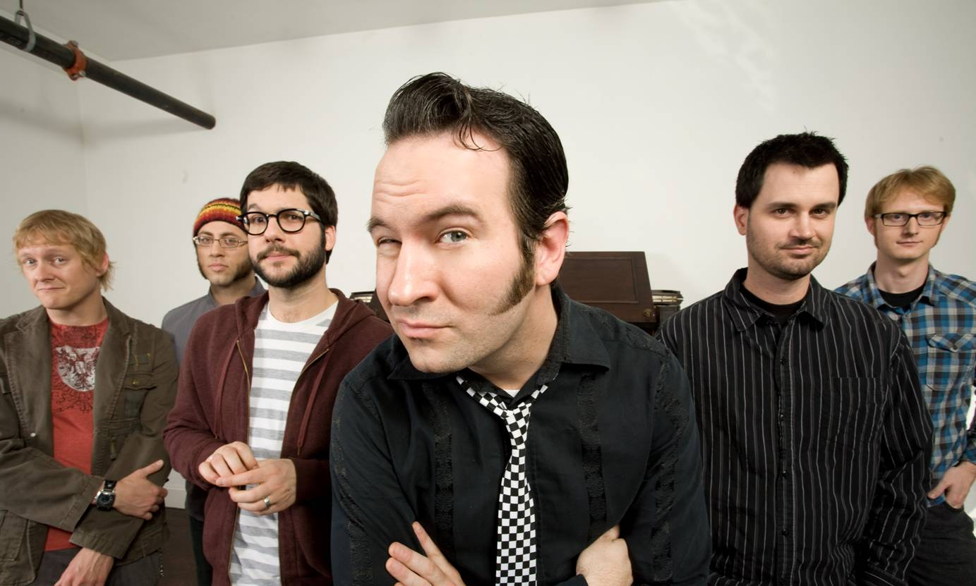 Reel big fish and goldfinger tour under the gun review for Reel big fish