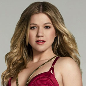 kelly-clarkson-let-me-down-2011-new-single