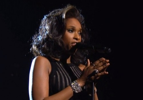 jennifer-hudson-whitney-houston-tribute-2012