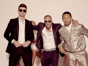"Robin Thicke Ft. T.I., Pharrell - ""Blurred Lines"""