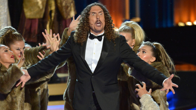 weird-al-yankovic-emmy-awards-performance