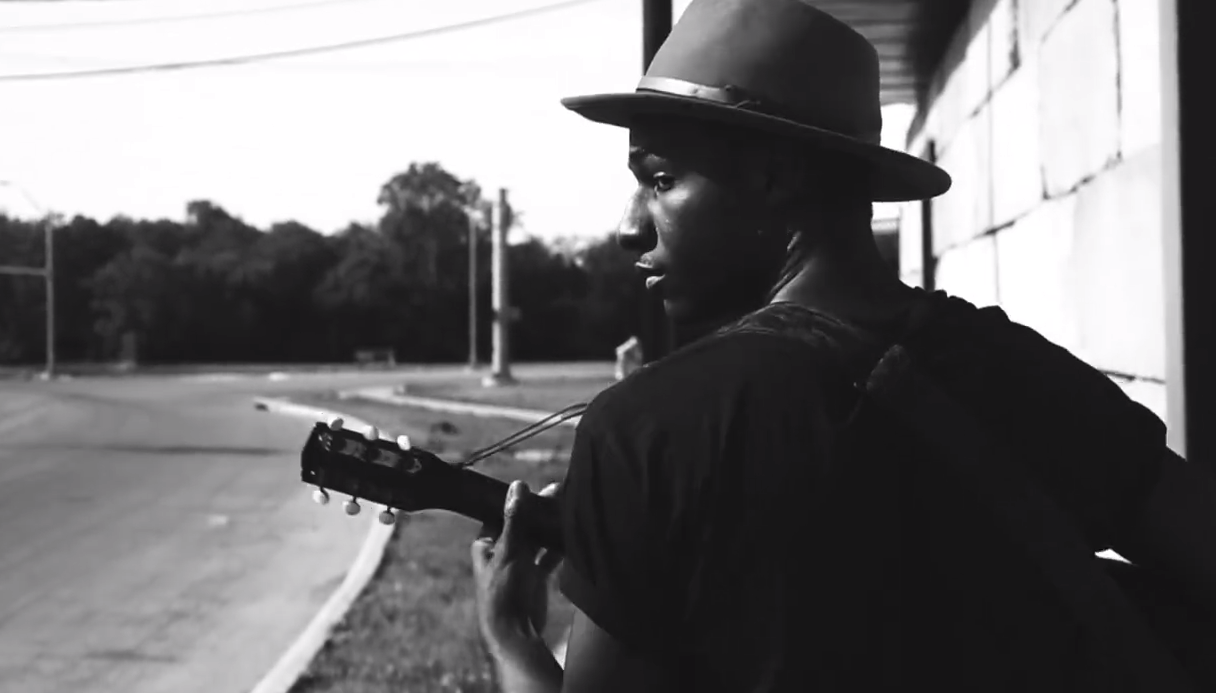 LEON-BRIDGES-COMING-HOME-VIDEO