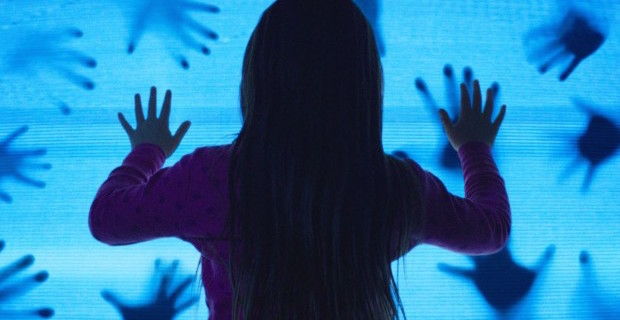 Poltergeist-2015-review