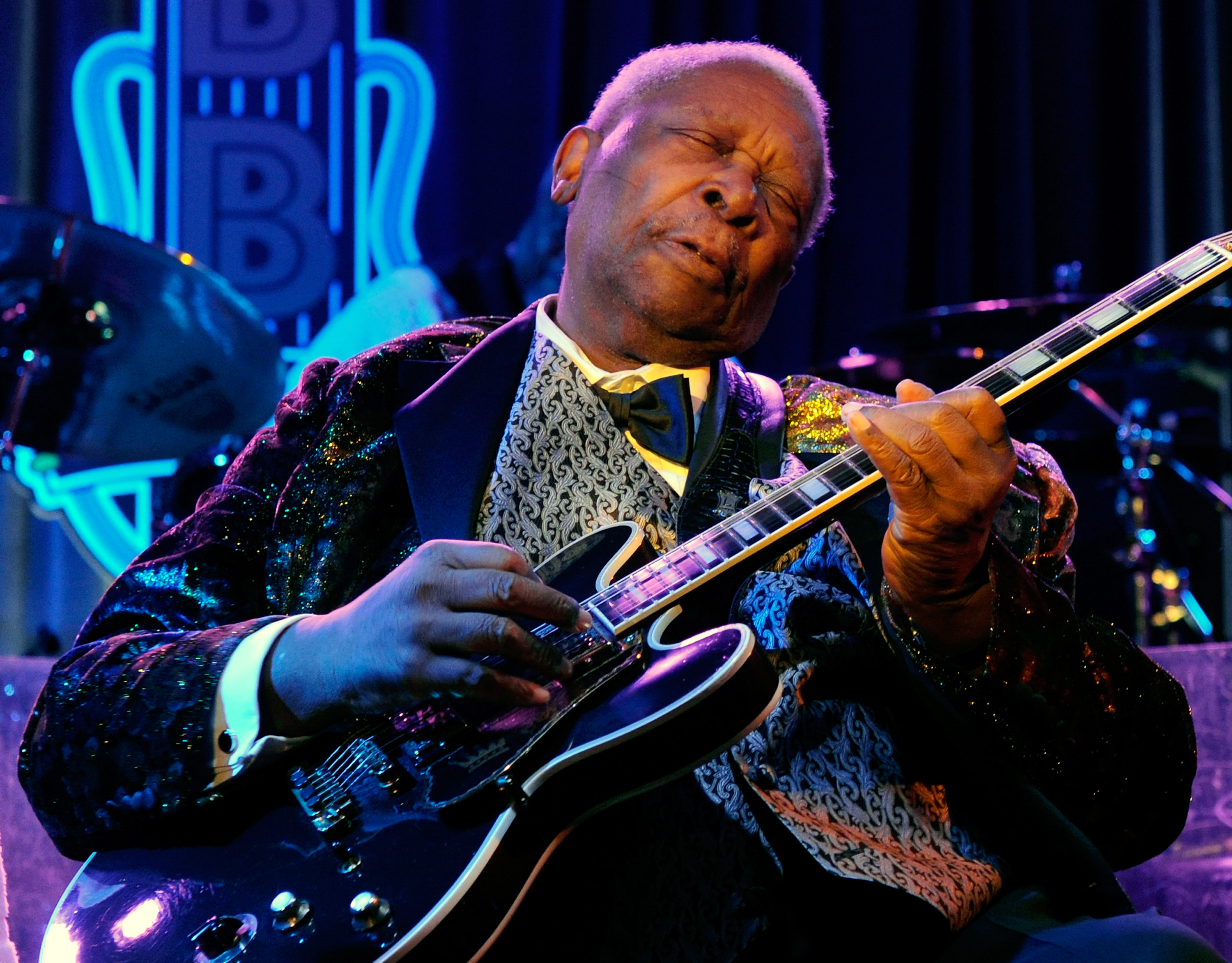 bb king live 2014 hospice care